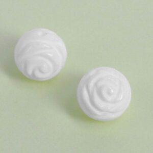 Roser udskåret i shellperler(2stk.)
