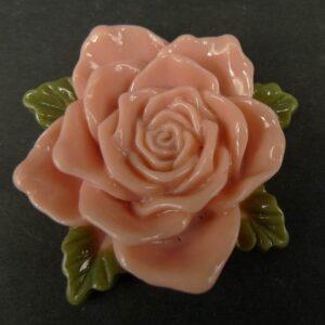 Stor pudderfarvet resin rose