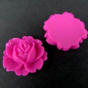 Medium, hot pink resin roser