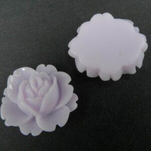 Medium, lavendelgrå resin roser