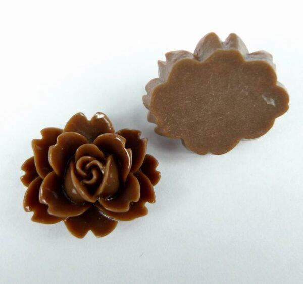 16x18mm Brune resin blomster(8stk)