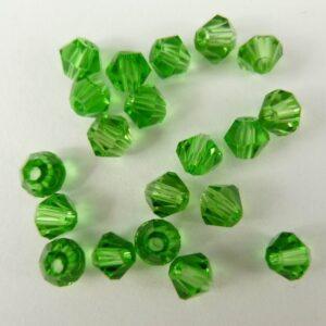 20stk Spring green bicone glasperler 4mm.
