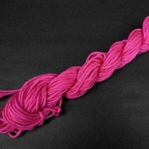 Nylon snøre rose pink, 1,5mm(pris pr. bundt)