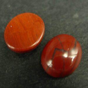 Røde, ovale sten cabochoner
