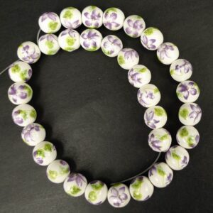 Porcelænsperler med lilla blomster