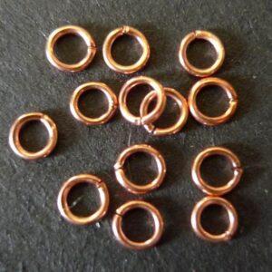 Øskner runde ca. 4mm(20stk)