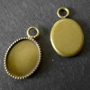 'Bronze' fatninger til oval cabochon 8x10mm(2stk)