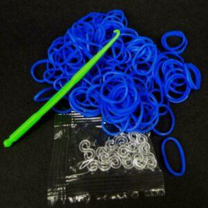 Blå elastikker m. låse og hæklenål