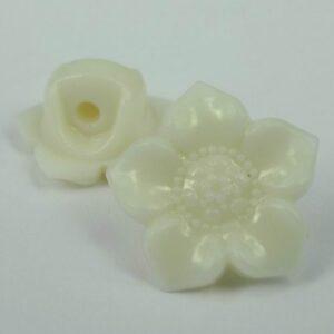 Hvide blomsterknapper(8stk)