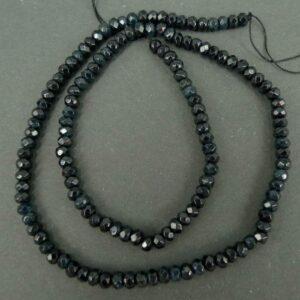 Black, Facetterede rondeller i 'jade'