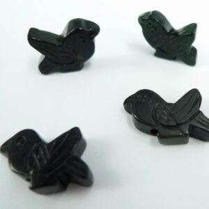 *Små fugle i sort/grøn sten 10stk.