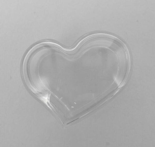 *Små, buede hjerte æsker i plastic