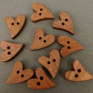 Brune hjerte knapper 18x16mm (10stk)