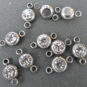 10 stk Små mellemled i stål med rhinsten