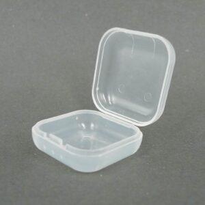 10 stk små plastæsker